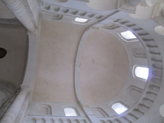 roof font main hall