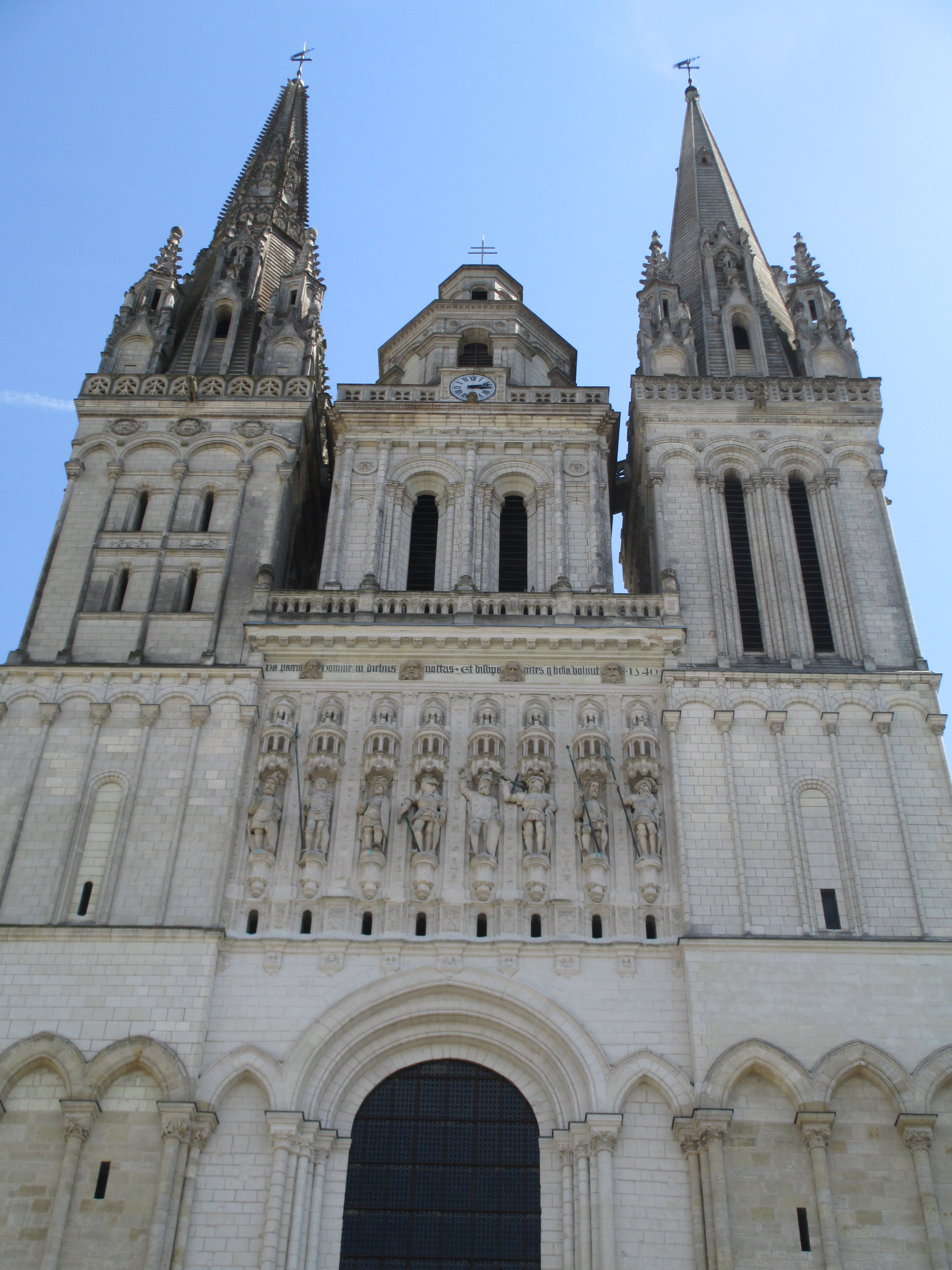 A Pictorial Tour of Medieval Cathedrals  – Historical Ragbag