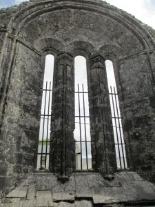 Kilfenora cathedral inside