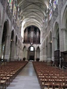 St Denis inside
